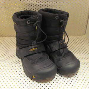 Keen Snow Boot Childrens size 3
